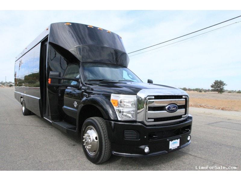 Used 2015 Ford F-550 Mini Bus Limo Tiffany Coachworks - Newbury Park, California - $109,000