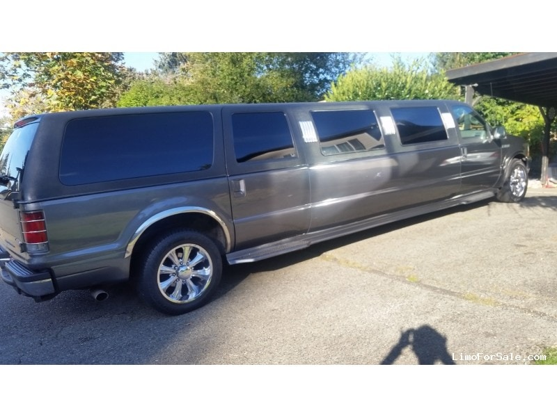used 2002 ford excursion xlt suv stretch limo tiffany coachworks renton washington 15 000. Black Bedroom Furniture Sets. Home Design Ideas