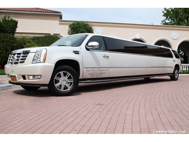 used 2008 cadillac escalade suv stretch limo limos by moonlight smithtown new york 33 500. Black Bedroom Furniture Sets. Home Design Ideas