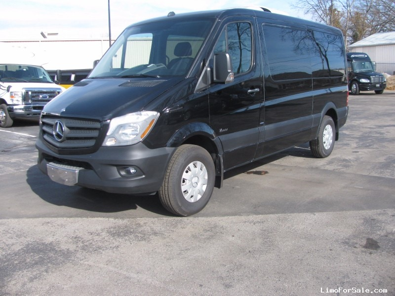 Used 2014 Mercedes-Benz Sprinter Van Shuttle / Tour OEM - Nashville, Tennessee - $25,000