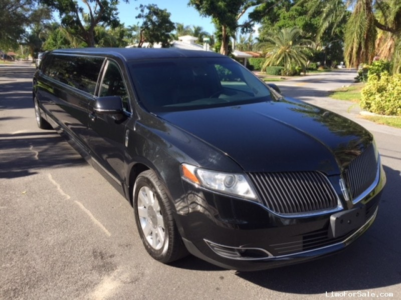 Used 2013 Lincoln MKT Sedan Stretch Limo Tiffany Coachworks - Oakland Park, Florida - $35,900