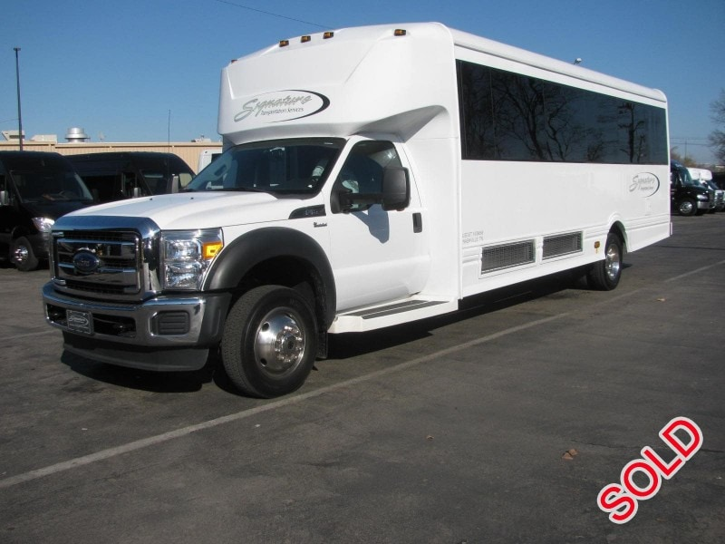 Used 2015 Ford F-550 Mini Bus Limo LGE Coachworks - Nashville, Tennessee - $89,500