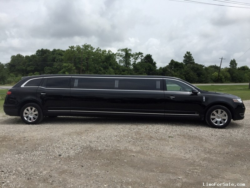 Used 2013 Lincoln MKT Sedan Stretch Limo Krystal - Galveston, Texas - $58,000
