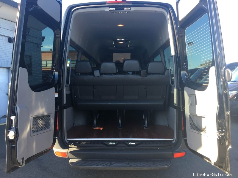 Used 2015 mercedes benz sprinter van limo east elmhurst for Mercedes benz sprinter rental nyc