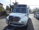 2004, International 3200, Mini Bus Shuttle / Tour, Krystal