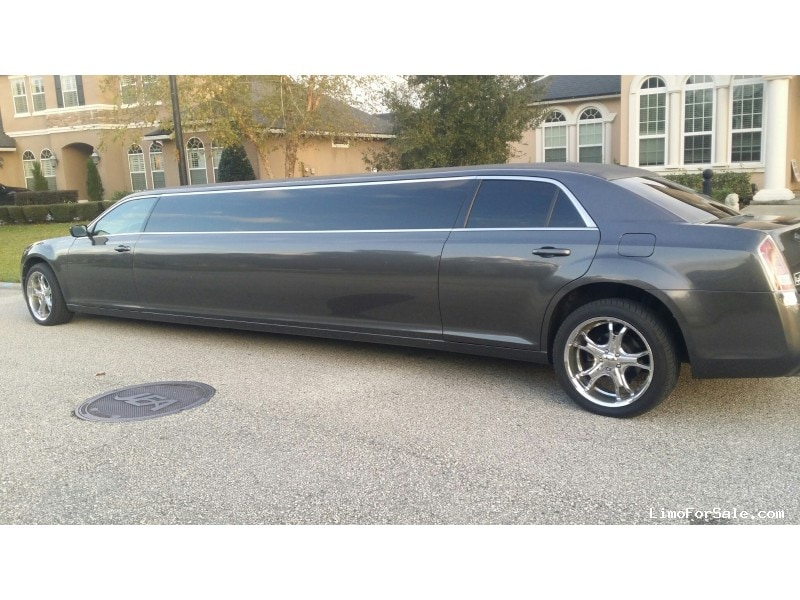 Used 2013 Chrysler Sedan Stretch Limo LA Custom Coach - ST. JOHNS, Florida - $37,000