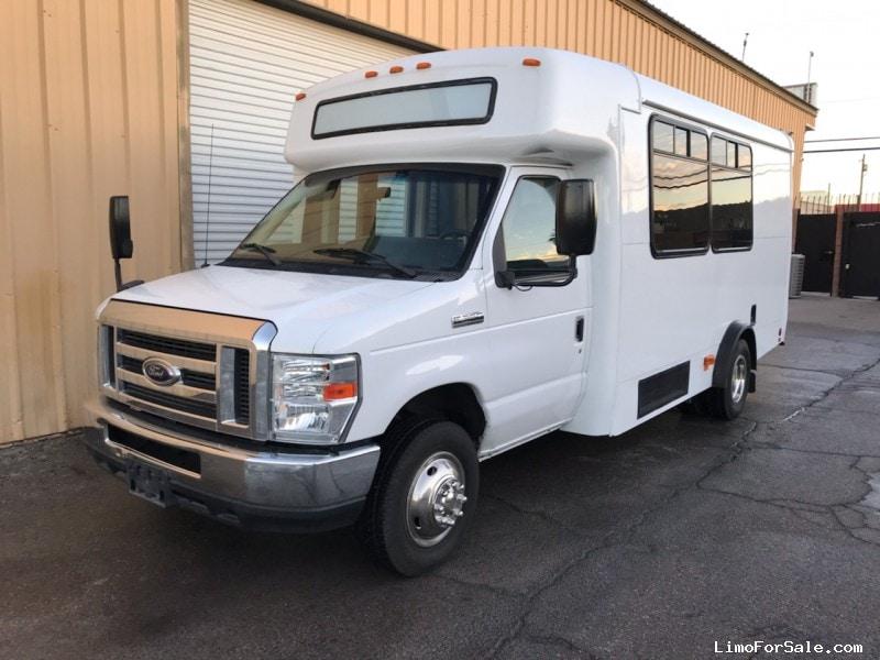 Used 2013 Ford E-450 Mini Bus Shuttle / Tour StarTrans - Las Vegas, Nevada - $19,900