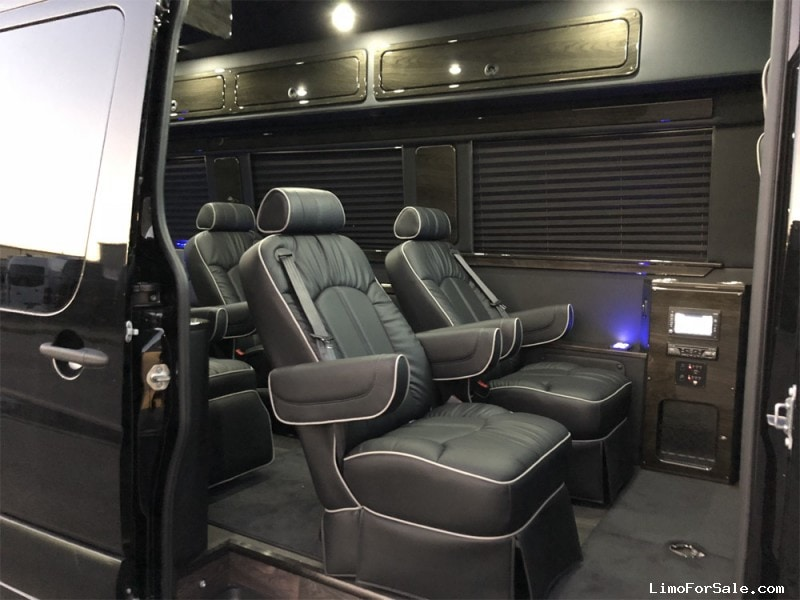 Limos For Sale >> New 2019 Mercedes-Benz Van Limo Midwest Automotive Designs - $163,400 - Limo For Sale
