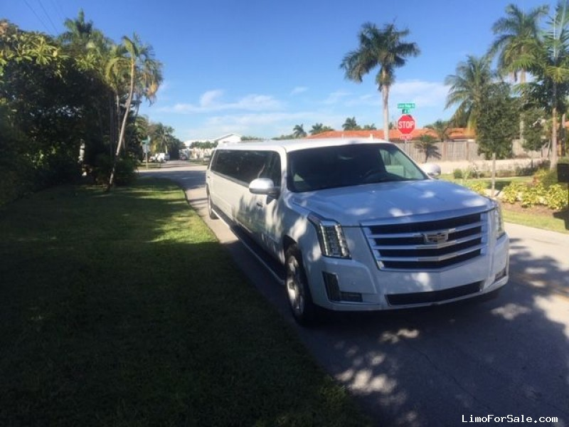 Used 2008 Cadillac Escalade ESV SUV Stretch Limo Limos by Moonlight - oakland park, Florida - $28,900