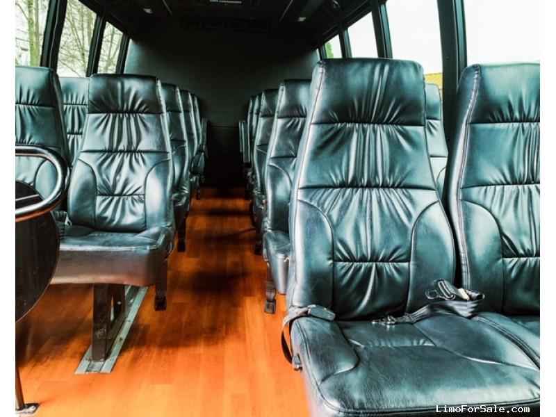 Used 2013 Ford E-450 Mini Bus Shuttle / Tour Champion - sonoma, California - $30,000