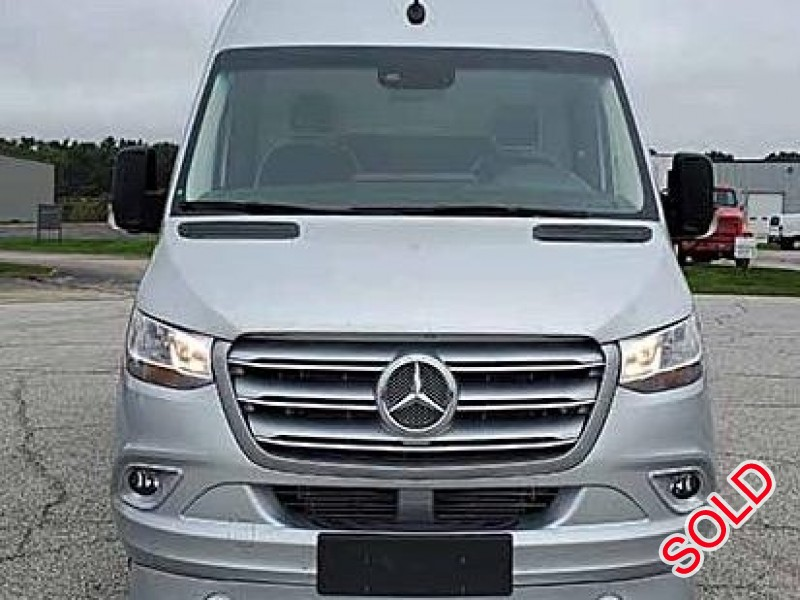 New 2019 Mercedes-Benz Sprinter Van Limo Midwest Automotive Designs - Oaklyn, New Jersey    - $131,550