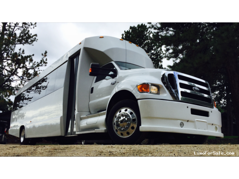 Used 2011 Ford F-650 Mini Bus Shuttle / Tour Tiffany Coachworks - Westminster, Colorado - $54,000