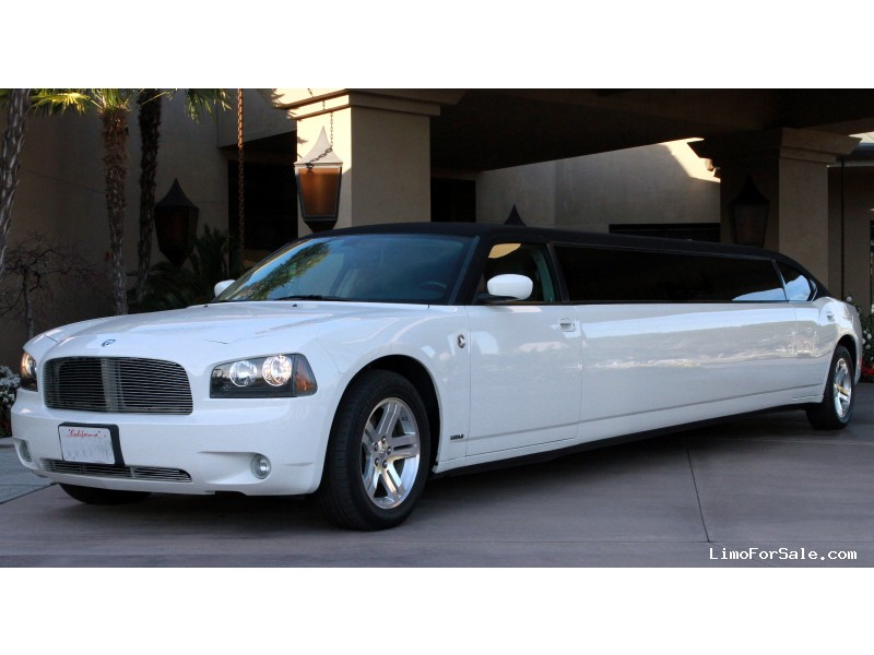 Used 2007 Dodge Charger Sedan Stretch Limo  - Modesto, California - $14,900